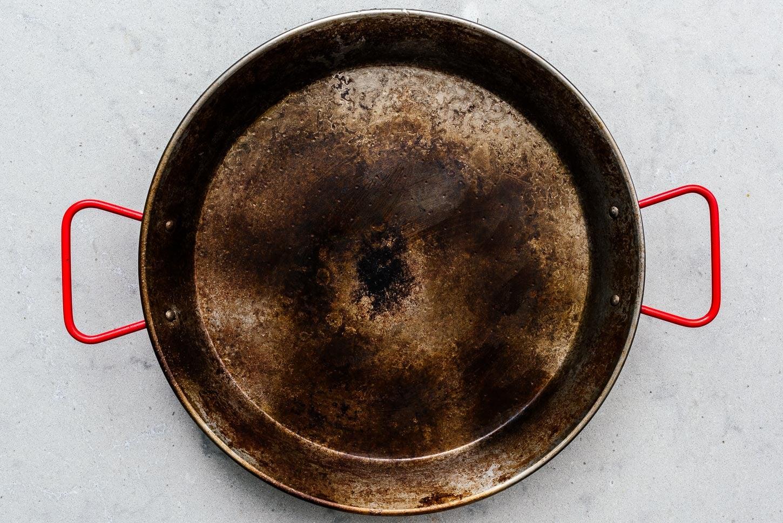 paella pan | www.iamafoodblog.com