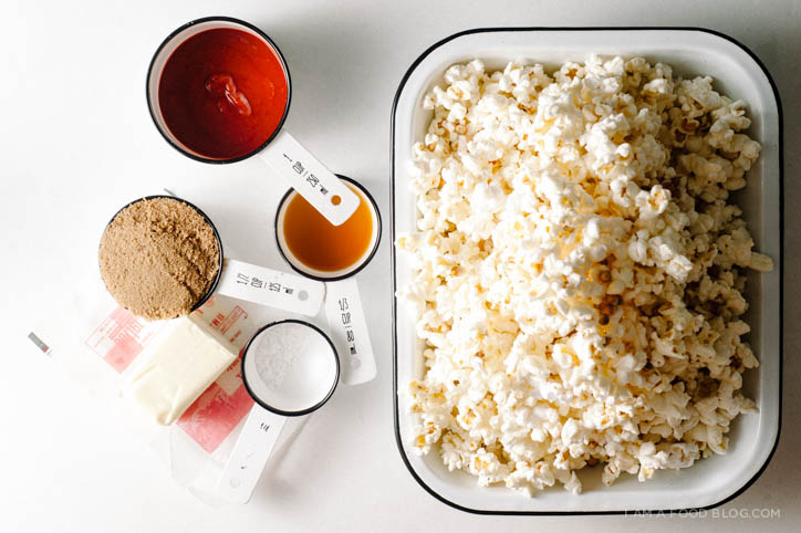 sriracha caramel corn recipe - www.iamafoodblog.com