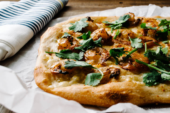 caramelized shrimp pizza recipe - www.iamafoodblog.com