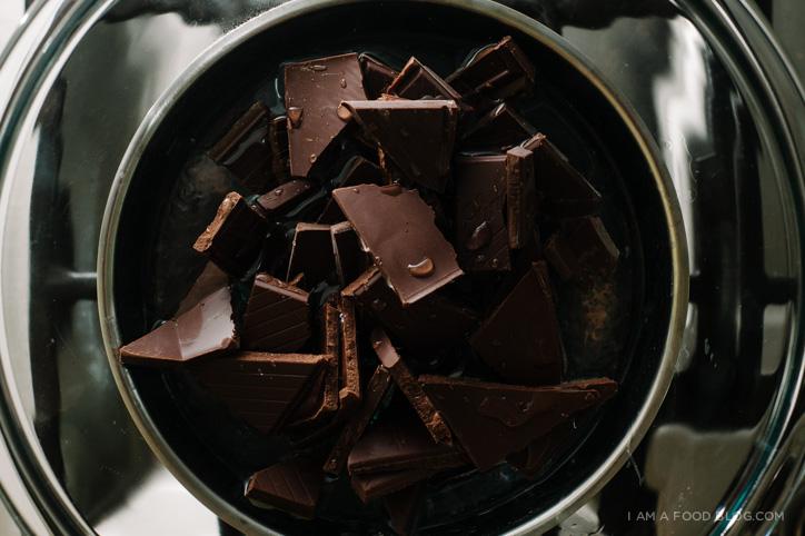 spicy dark chocolate mousse recipe - www.iamafoodblog.com