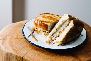 Bratwurst Grilled Cheese Recipe - www.iamafoodblog.com
