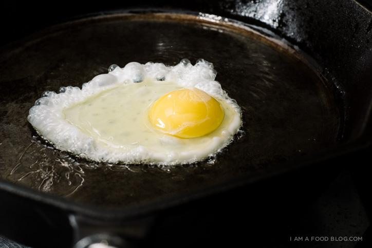 spaghetti and eggs recipe - www.iamafoodblog.com