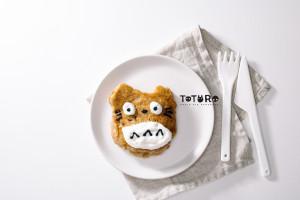 totoro apple pie pancakes - www.iamafoodblog.com