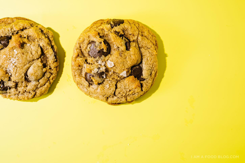 chocolate chip cookies - www.iamafoodblog.com