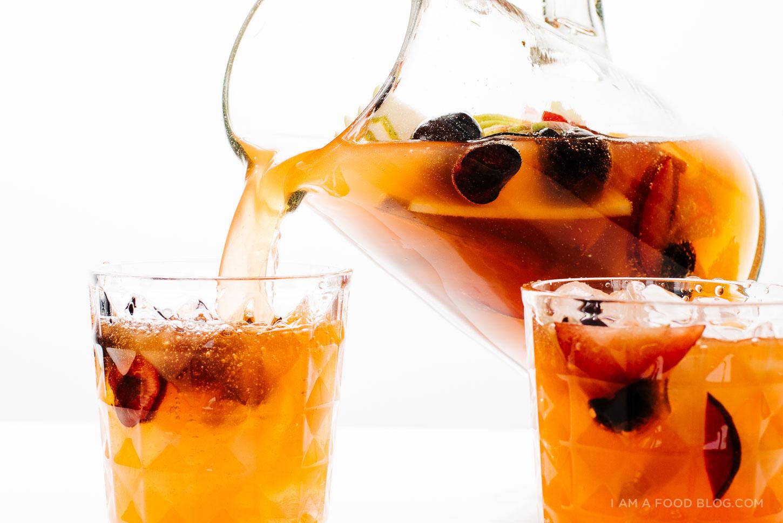sparkling sangria recipe - www.iamafoodblog.com