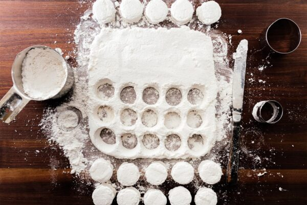making snowman marshmallows | www.iamafoodblog.com
