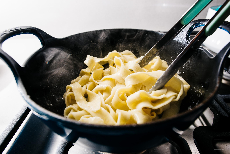 3 ingredient fettuccine alfredo recipe - www.iamafoodblog.com