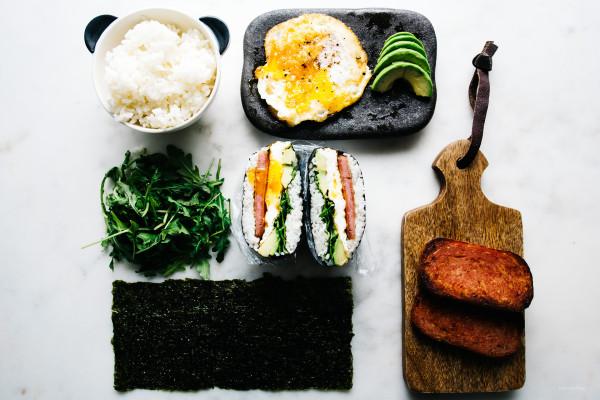 how to make onigizaru or sushi sandwiches - www.iamafoodblog.com
