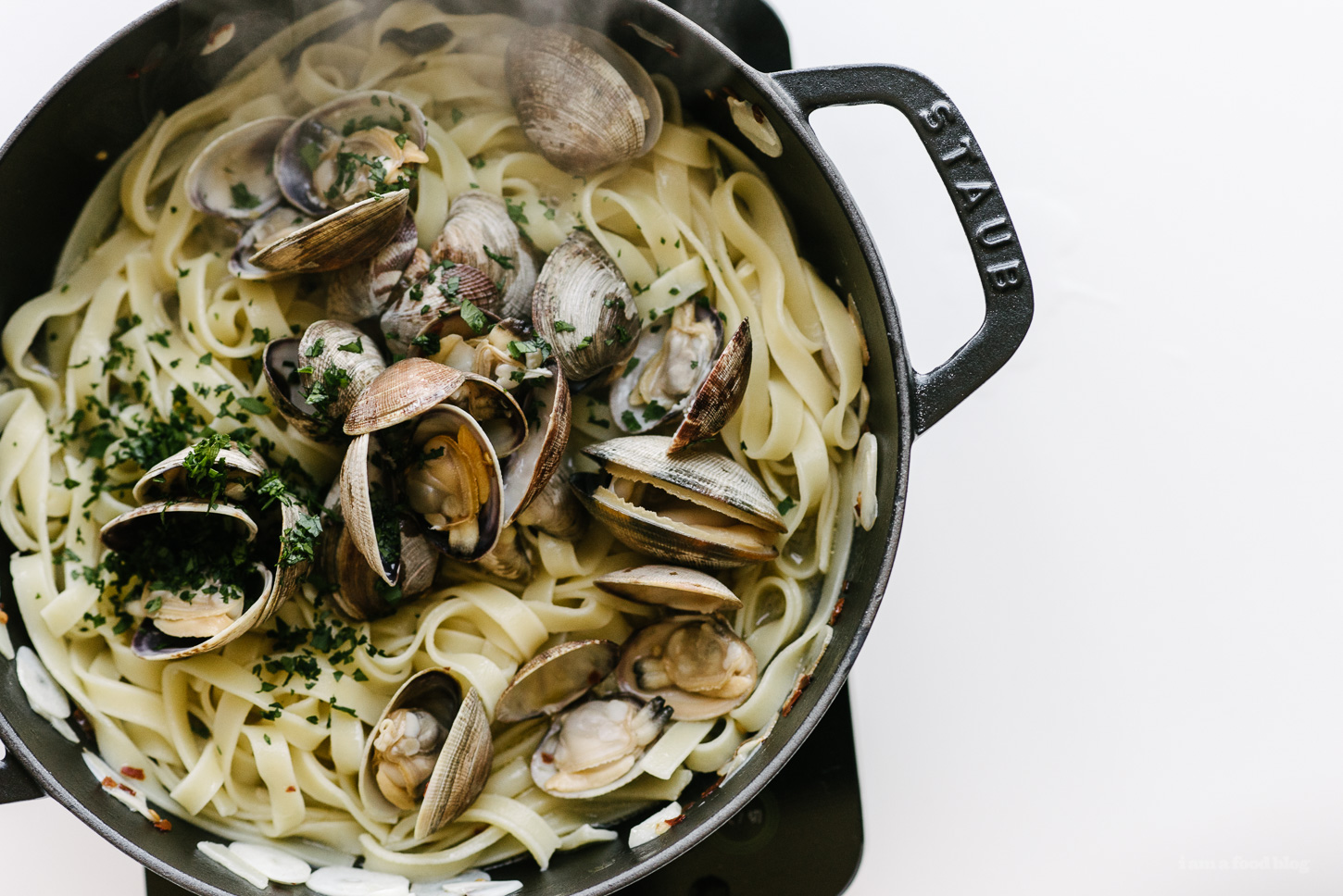 Tagliatelle with Clams and Garlic - www.iamafoodblog.com