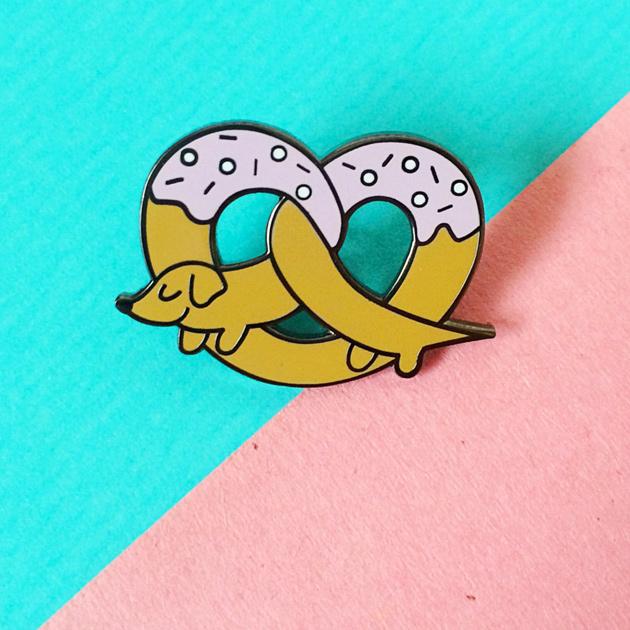 pretzel-dog-pin