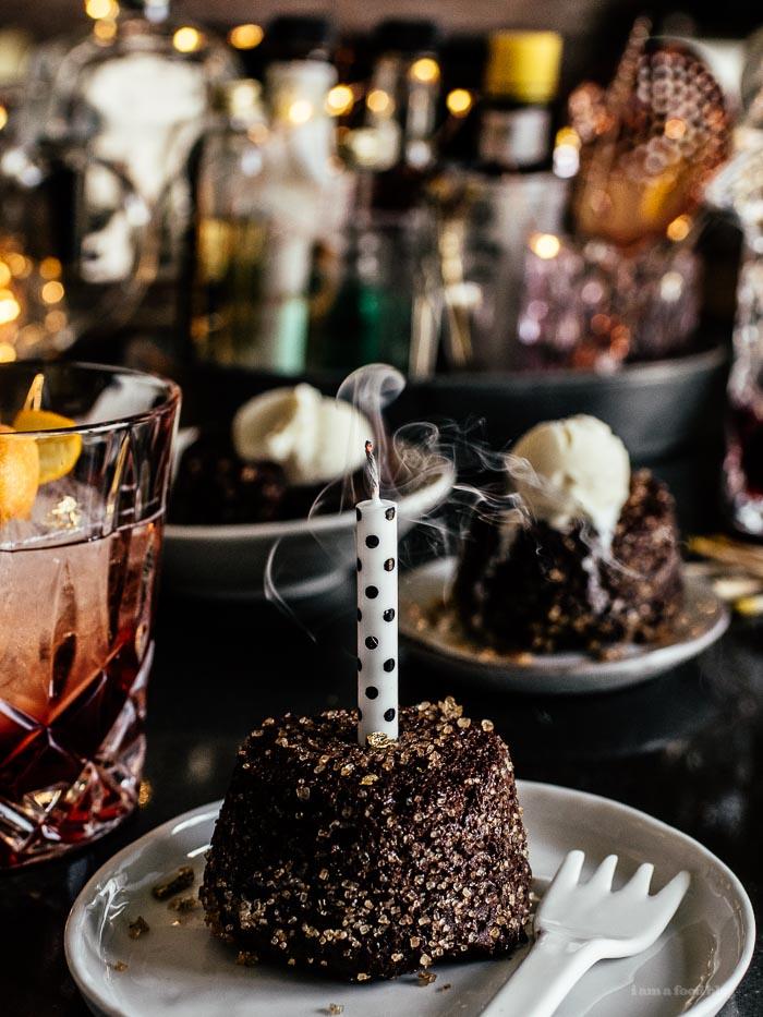 Molten Chocolate Lava Cake Recipe - www.iamafoodblog.com