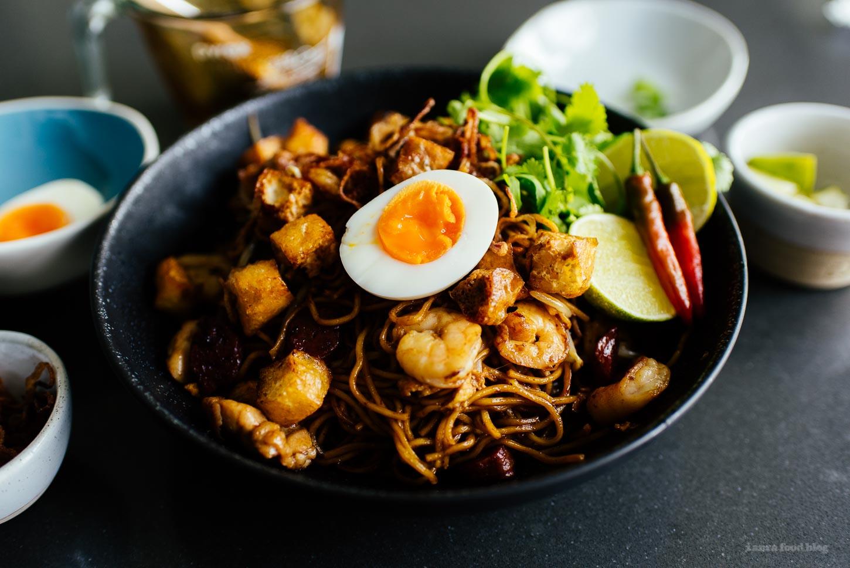 Mie Goreng Recipe - www.iamafoodblog.com