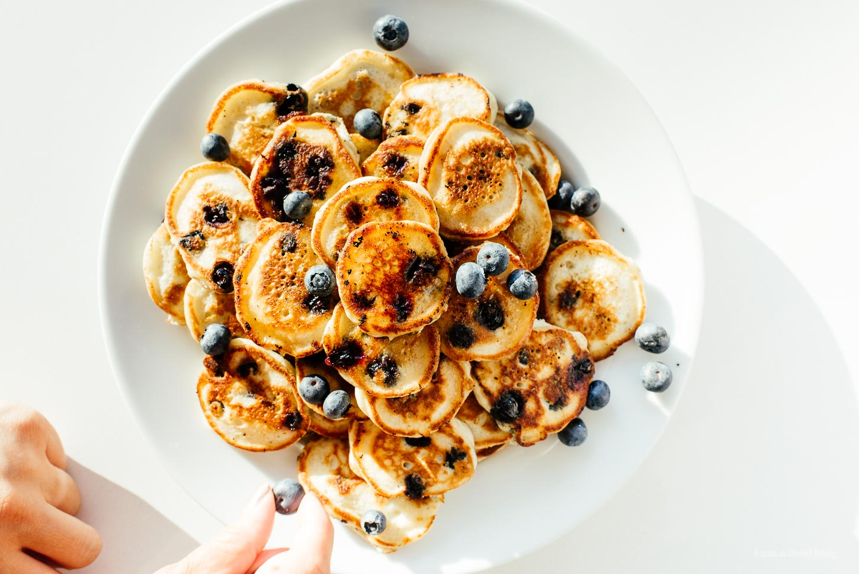 Easy Blueberry Pancake Recipe - www.iamafoodblog.com