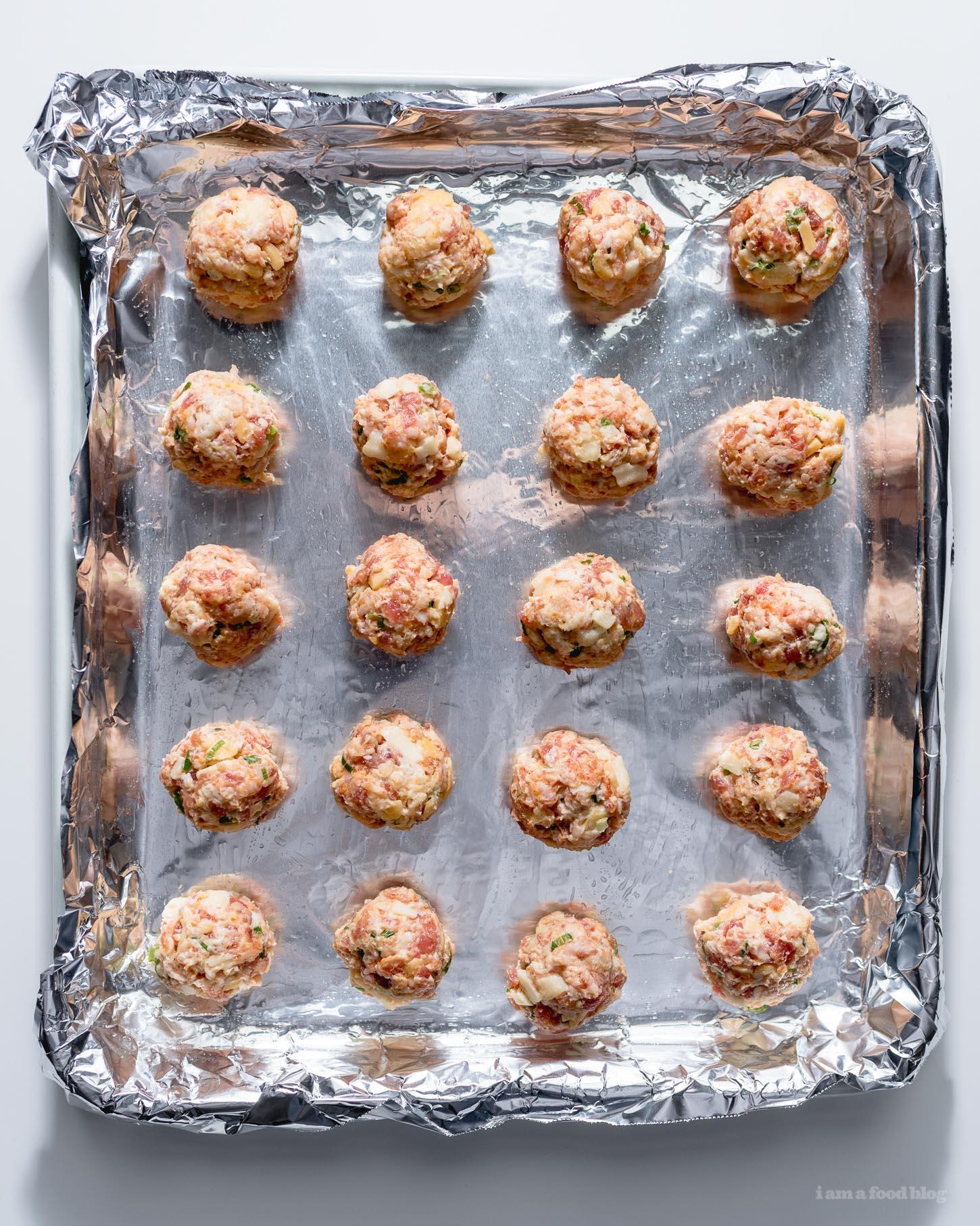 Sausage Cheese Balls Recipe | www.iamafoodblog.com
