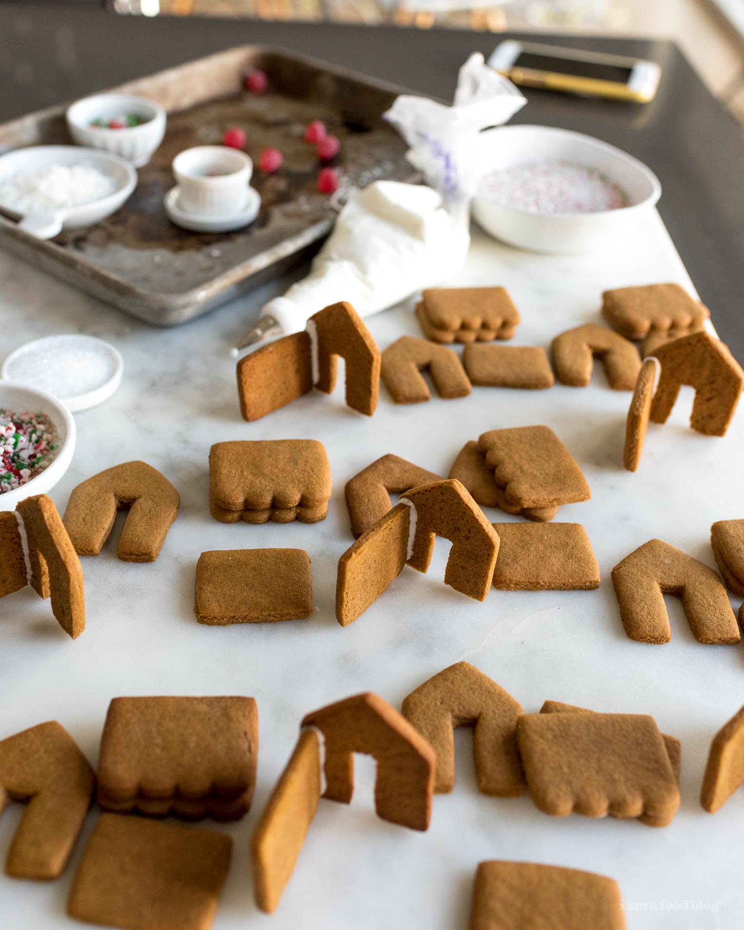 Mini Gingerbread Houses I Am A Food Blog I Am A Food Blog