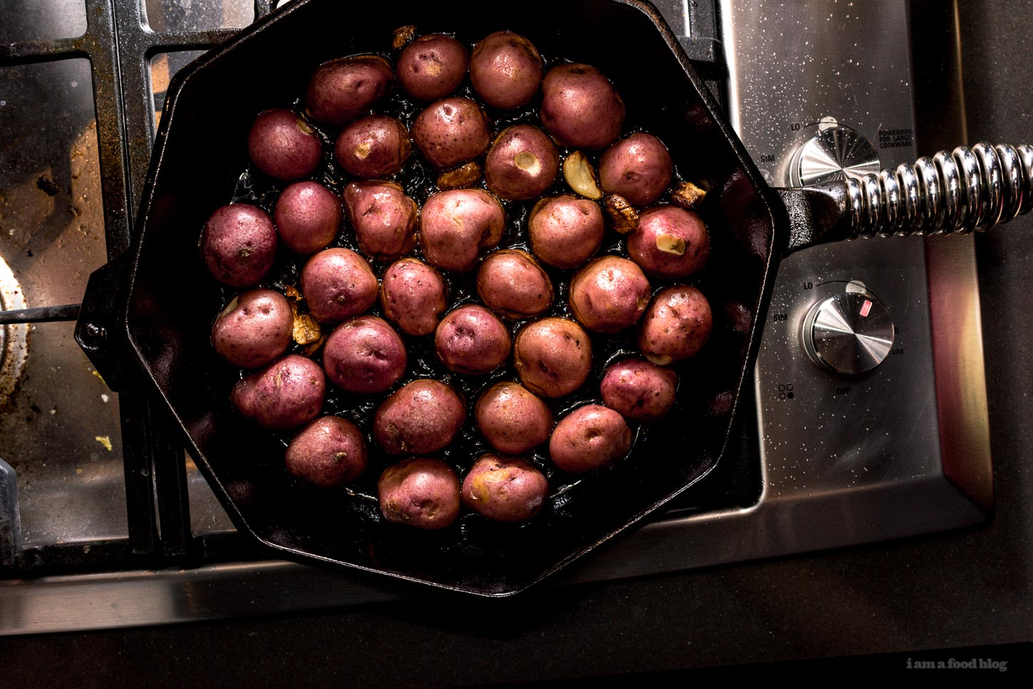 Crispy Stovetop Roasted Red Potatoes Recipe | www.iamafoodblog.com