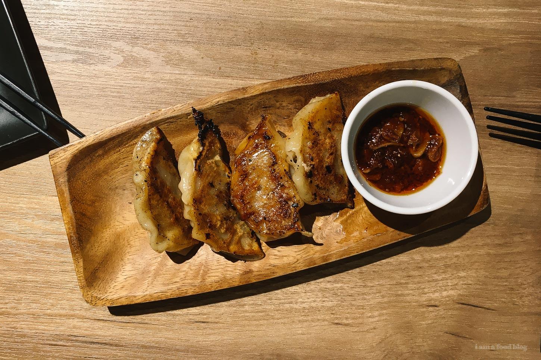 Best Tokyo Gyoza: Awaya Gyoza | www.iamafoodblog.com
