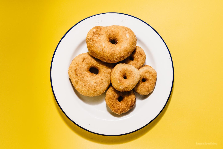 Sfenj: Moroccan Snacking Doughnut Recipe | www.iamafoodblog.com