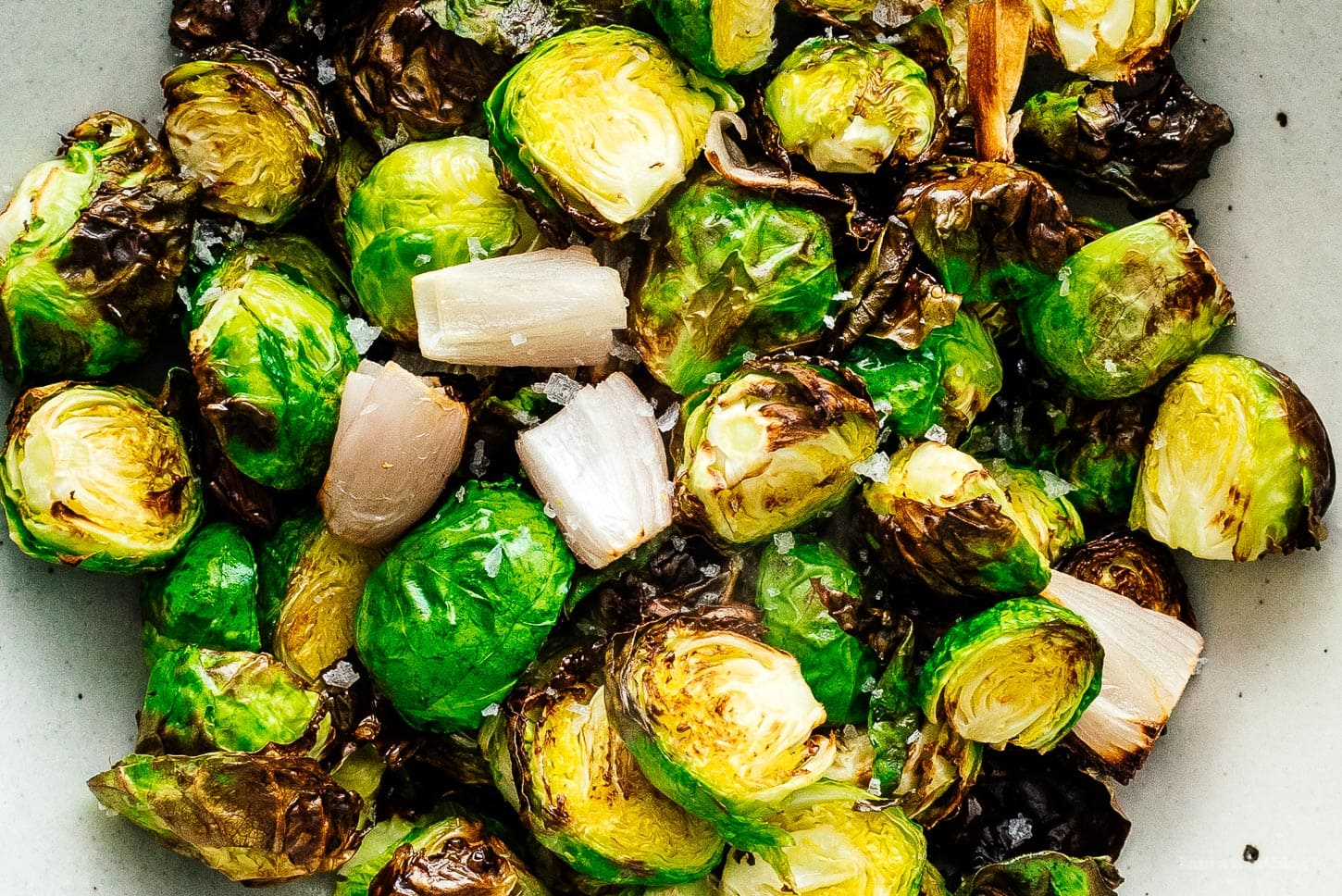 air fryer brussels sprouts | www.iamafoodblog.com
