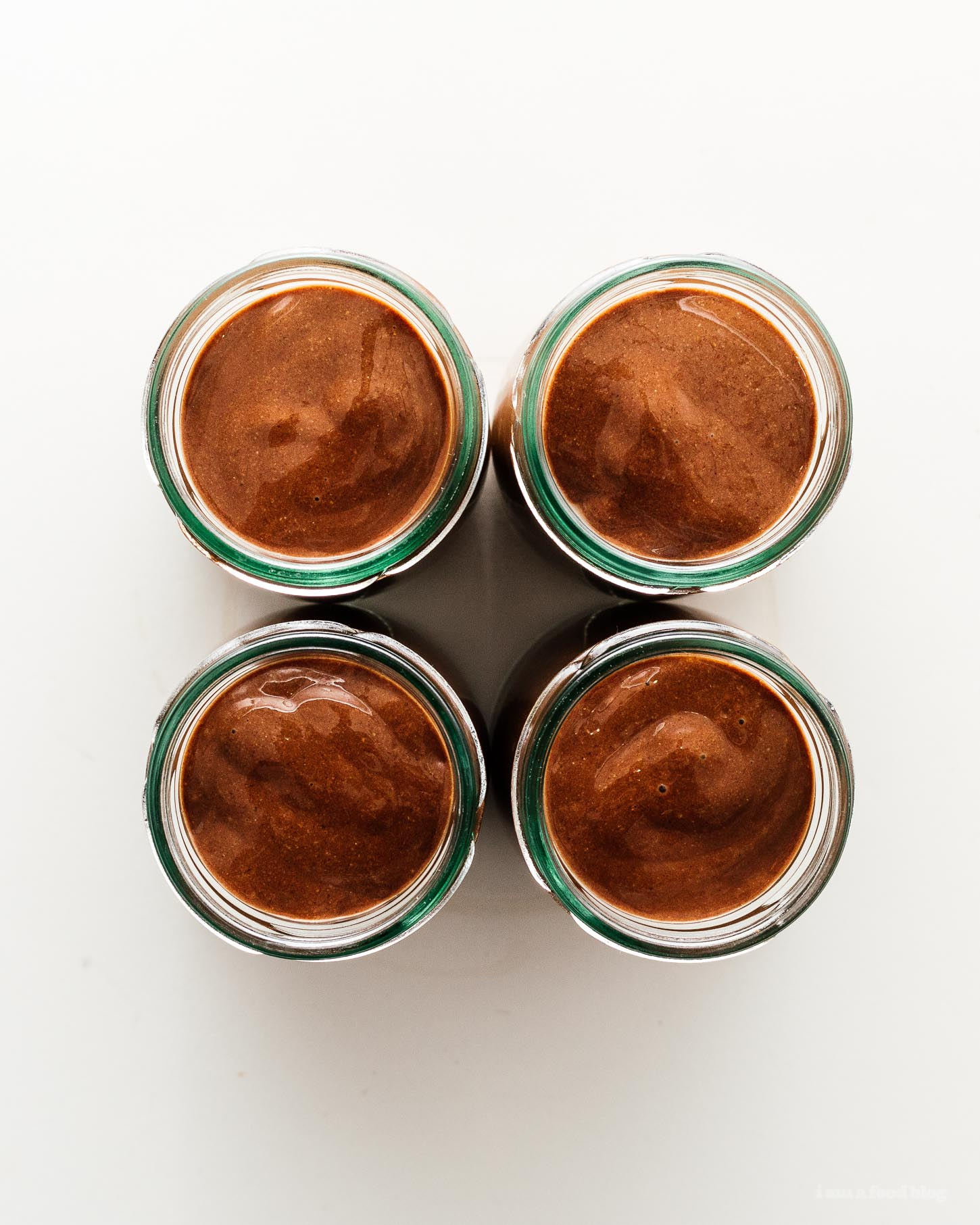 4 Ingredient Vegan Paleo Chocolate Chia Pudding | www.iamafoodblog.com