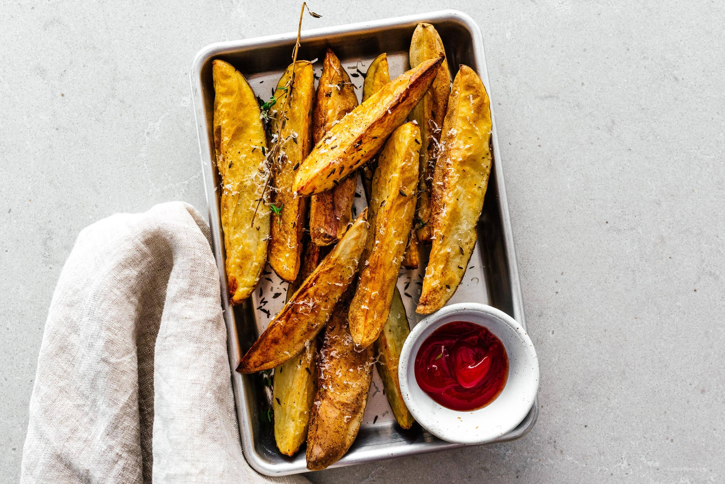 crispy air fryer potatoes | www.iamafoodblog.com
