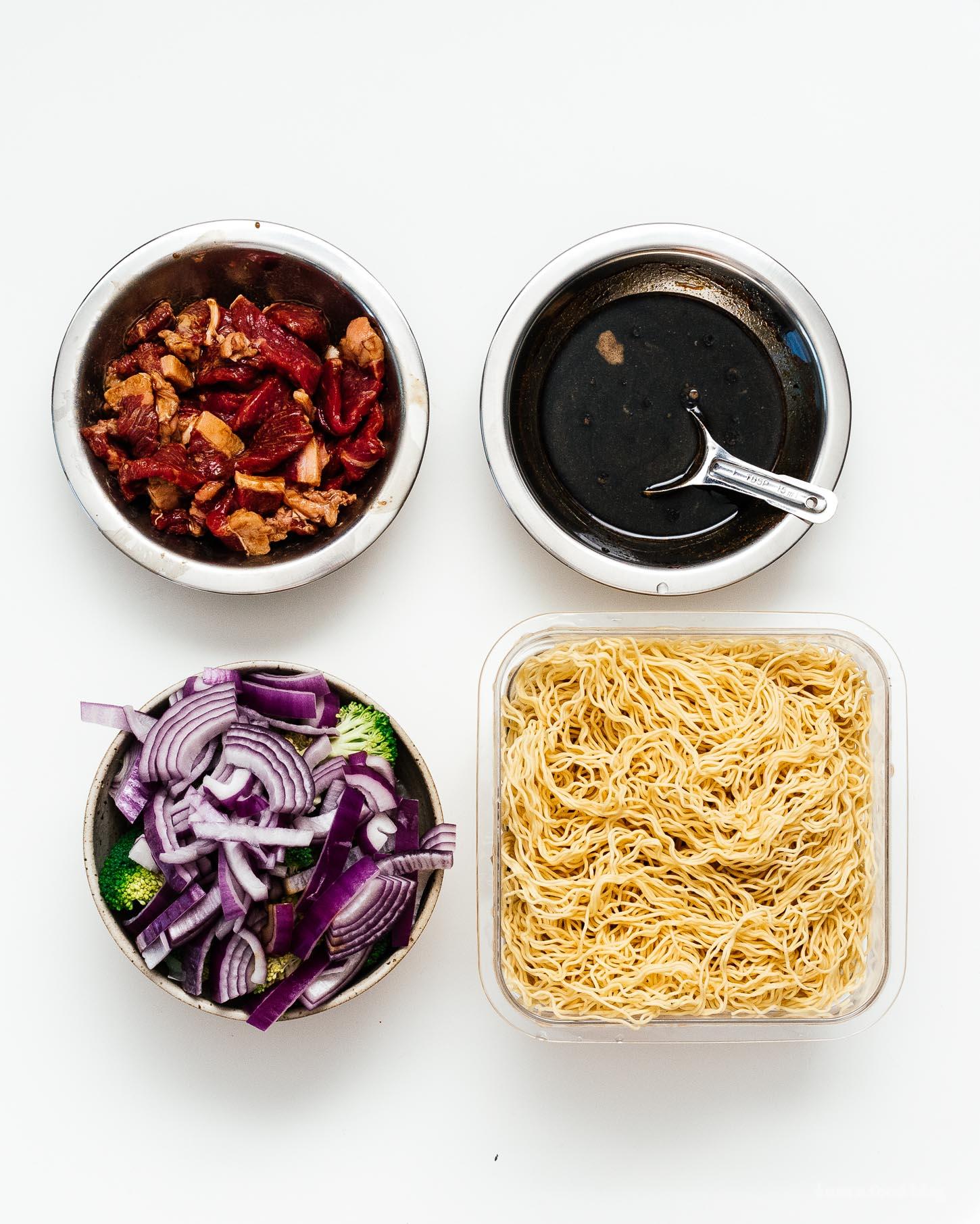 Easy Beef and Broccoli Chow Mein Recipe   www.iamafoodblog.com