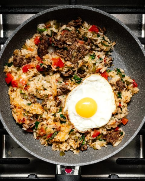 If you love fried rice and you love green chile cheeseburgers, you're going to love this hatch green chile cheeseburger fried rice. Smoky, crispy, spicy, and seriously so delicious. Fried rice with a twist! #friedrice #hatch #greenchile #recipes #recipe #dinner