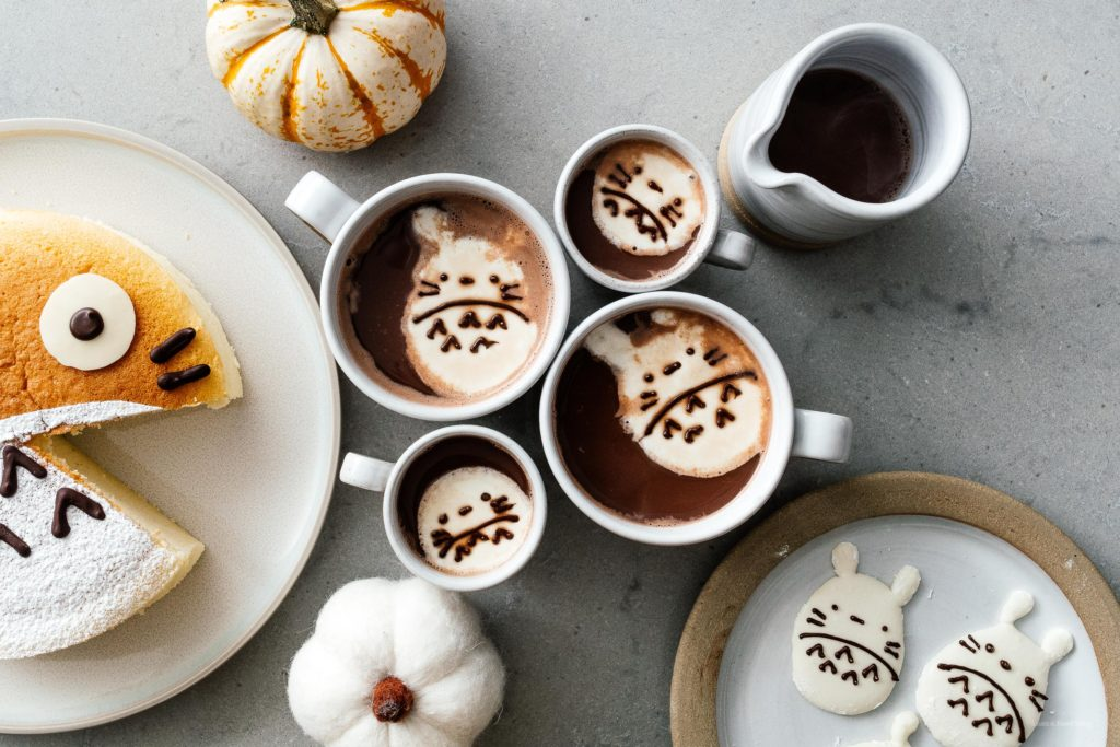 Did you know you can melt down store bought marshmallows and cut them into custom shapes. Make these super easy Totoro marshmallows today! #marshmallows #totoro #totoromarshmallows #totorofood #kawaiifood #hotchocolate