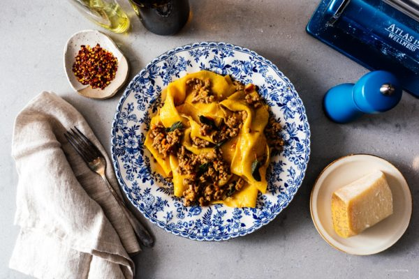 This easy ragu bolognese is perfect for weeknights. Your house will smell like the best Italian kitchens as all the stress from the day just falls away.