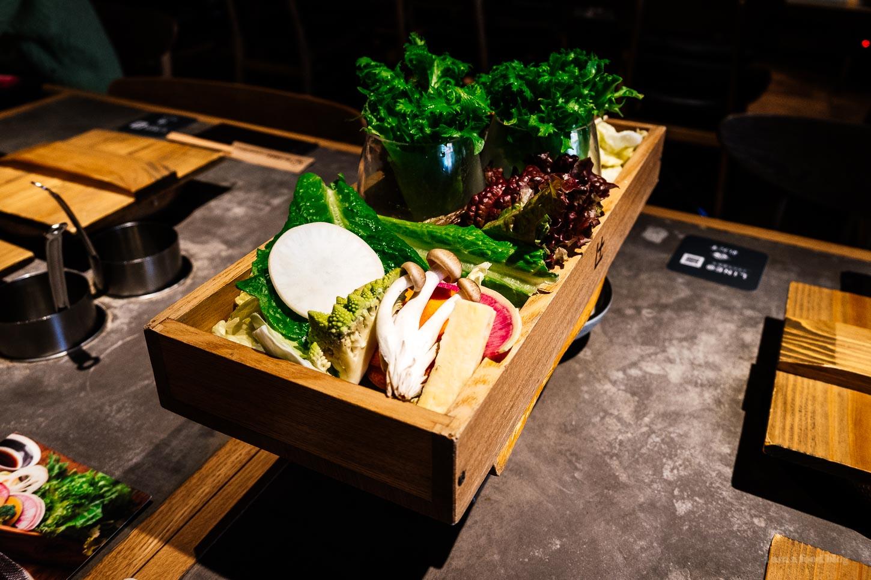 Shabu Shabu Let Us Nakameguro - Modern Affordable Shabu Shabu in Tokyo | www.iamafoodblog.com