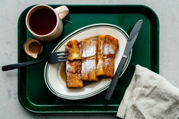 这款受日本玉竹烧启发的法式吐司内软外脆。甜与咸的完美结合!| www.伟德国际娱乐红利www.cqsaimeng.com