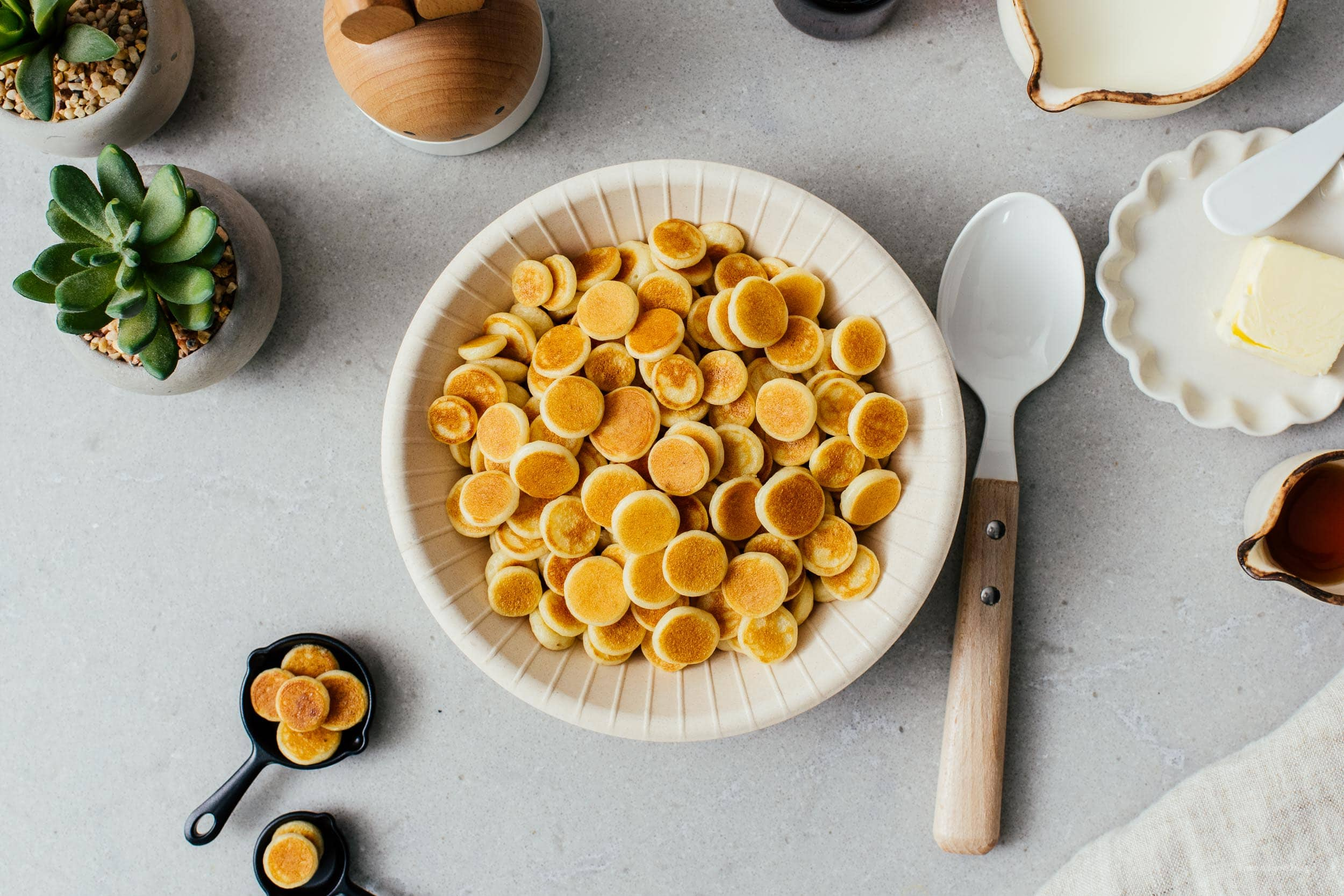 Cereal Pancakes – Tiny Mini Pancakes!