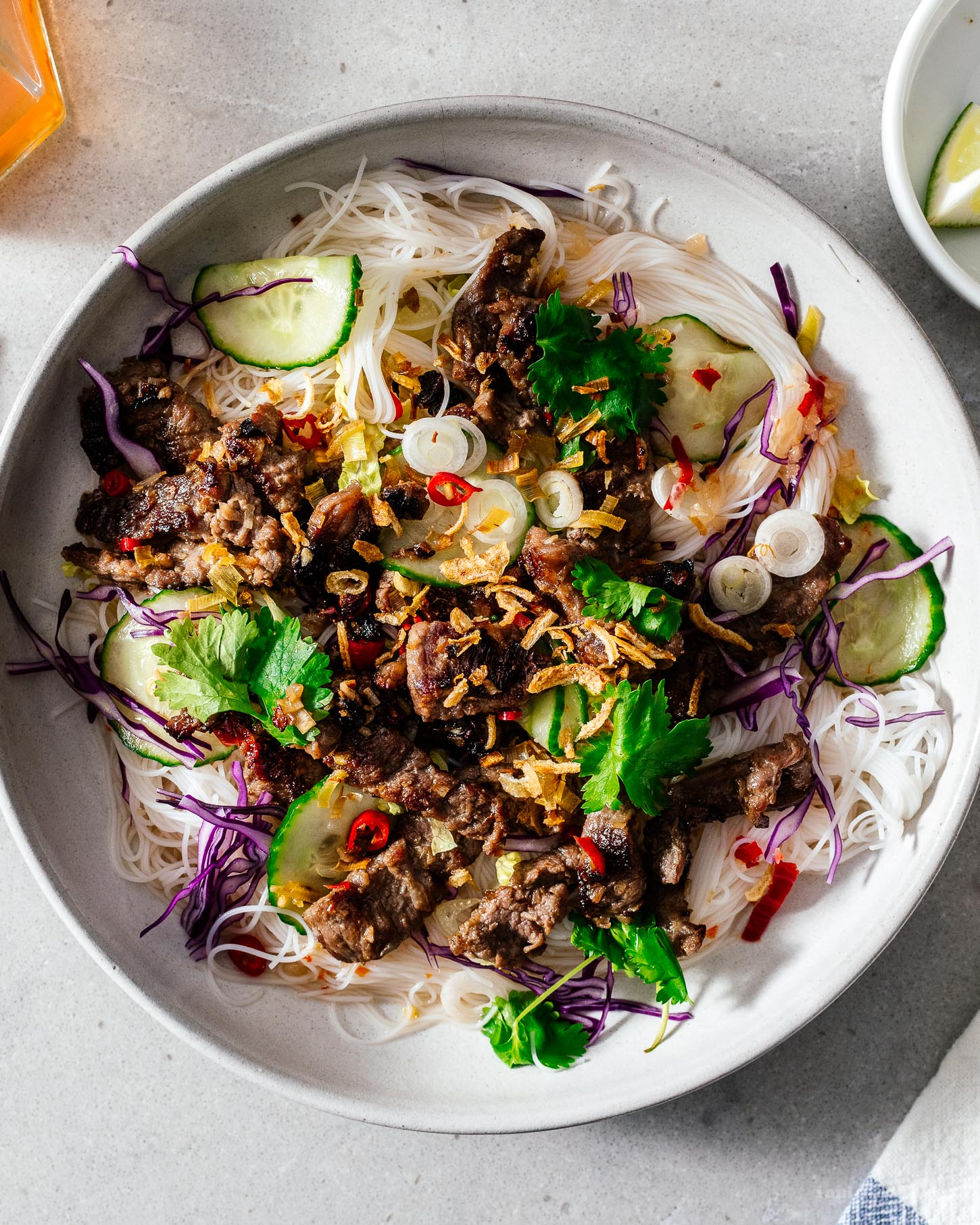Bún Bò Xả Ớt - Vietnamese Lemongrass Beef Recipe | www.iamafoodblog.com
