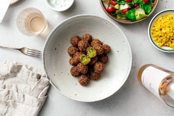 最简单的沙拉三明治食谱|www.伟德国际娱乐红利www.cqsaimeng.com