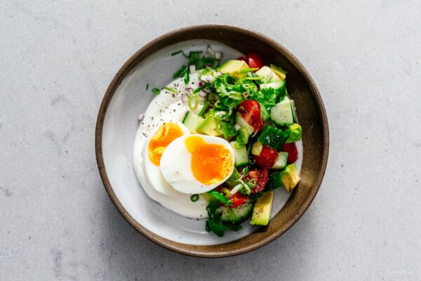 Jammy Eggs and Yogurt Breakfast Bowl Recipe | www.188金宝博地区限制www.cpxjq.com