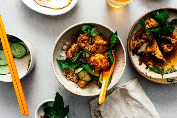 泰国罗勒鸡食谱|www.伟德国际娱乐红利www.cqsaimeng.com