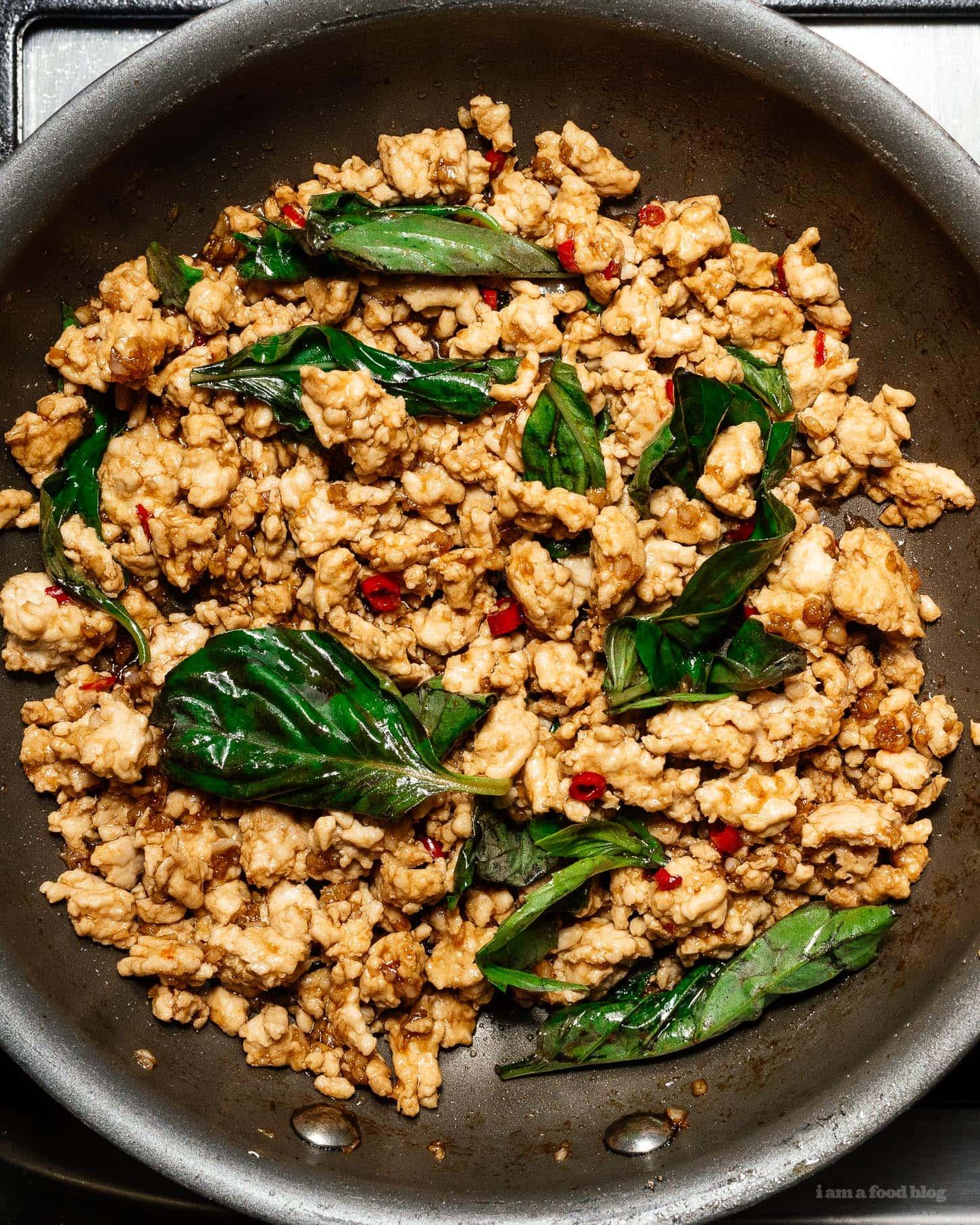 ground chicken thai basil chicken | www.iamafoodblog.com