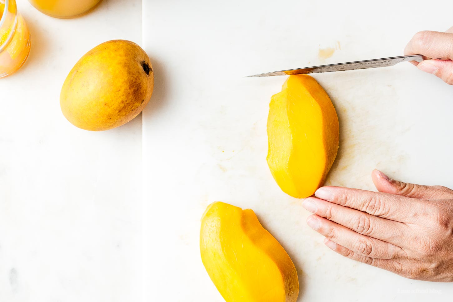 how to cut a mango | www.iamafoodblog.com