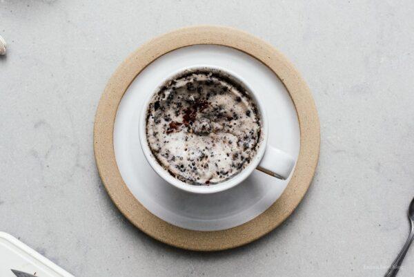 microwave oreo mug cake | www.iamafoodblog.com