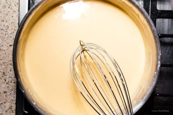 creamy velveeta cheese sauce | www.iamafoodblog.com