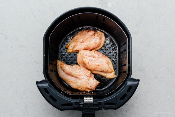 chicken breast in air fryer | www.iamafoodblog.com