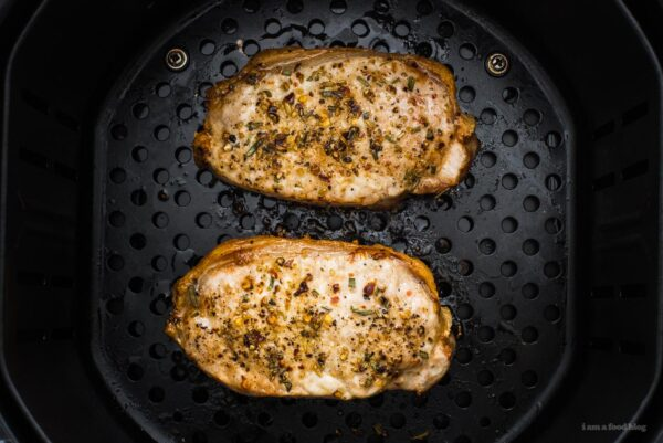 pork chops in air fryer | www.iamafoodblog.com