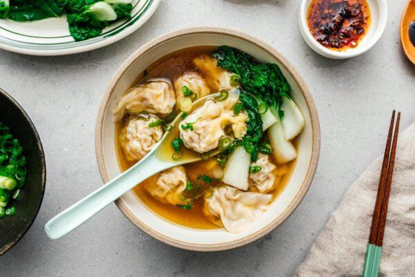 wonton soup recipe | www.iamafoodblog.com