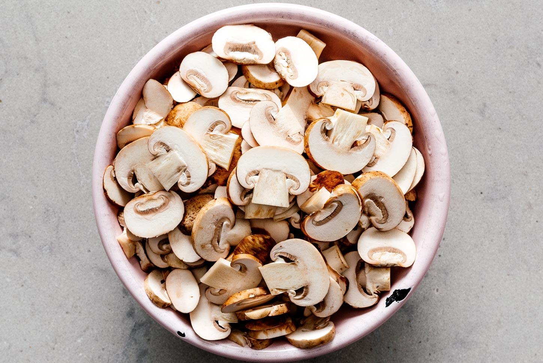 sliced mushrooms | www.iamafoodblog.com