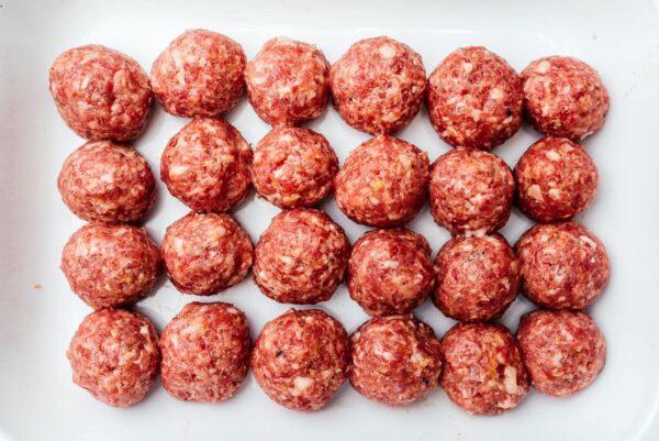 uncooked meatballs | www.iamafoodblog.com