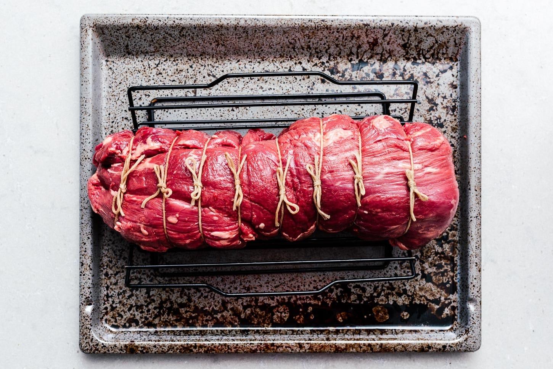 tied off beef tenderloin   www.iamafoodblog.com