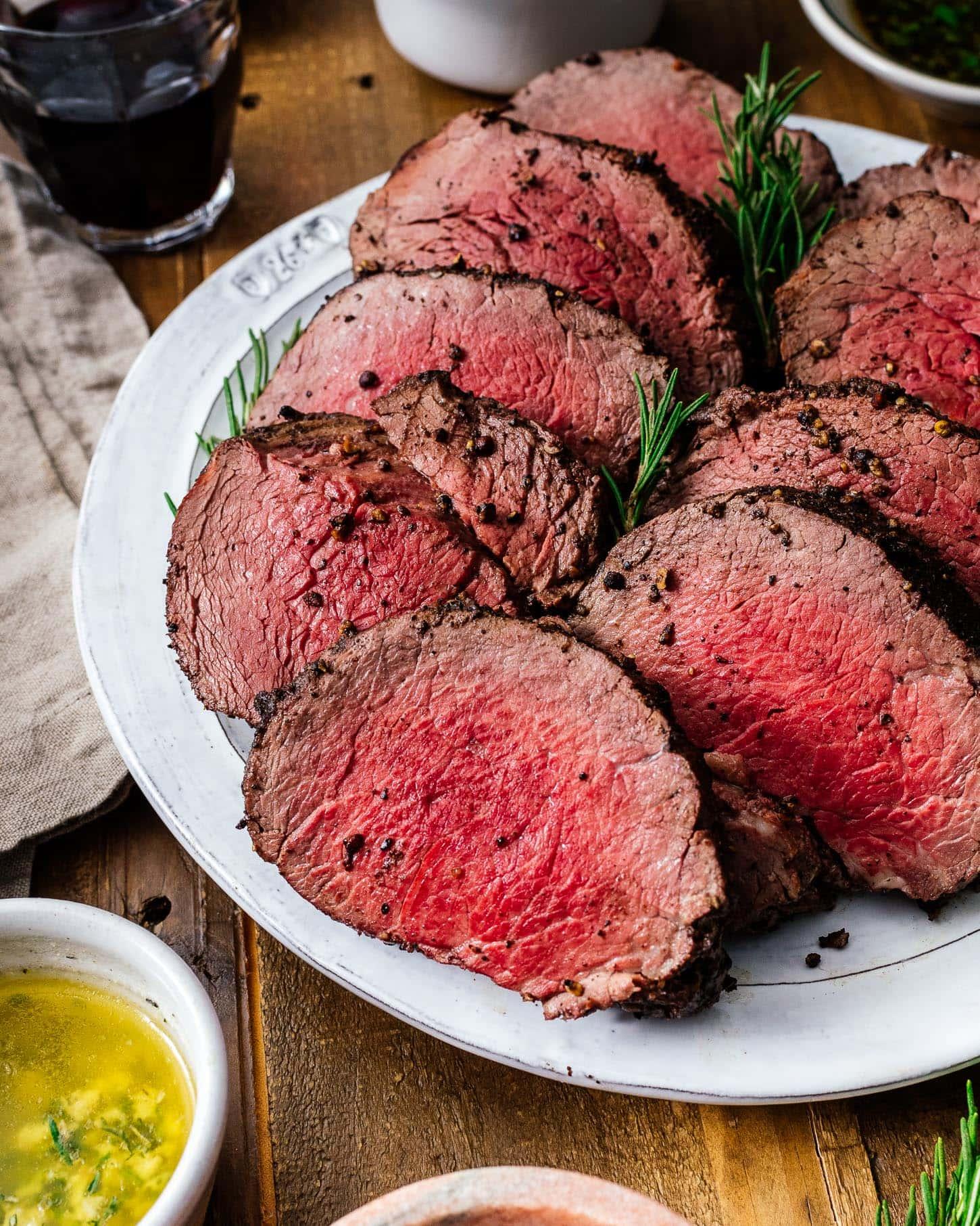 sliced beef tenderloin   www.iamafoodblog.com
