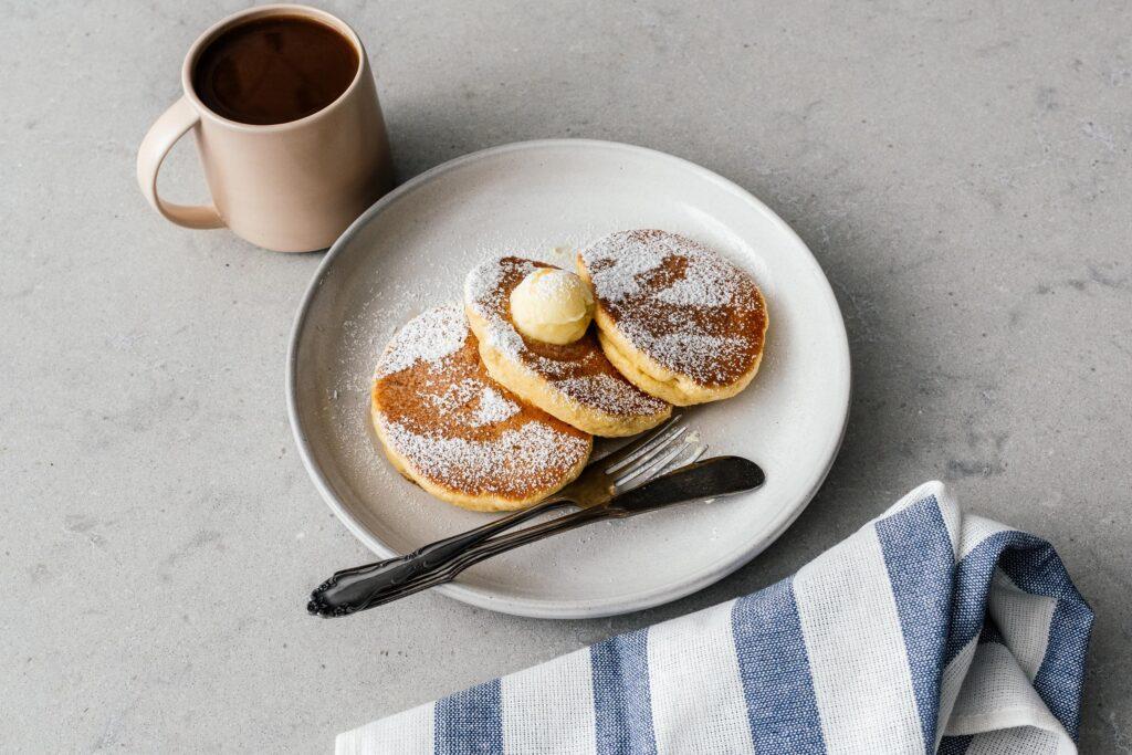 keto souffle pancake recipe | www.iamafoodblog.com