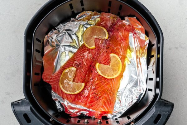salmon in an air fryer | www.iamafoodblog.com