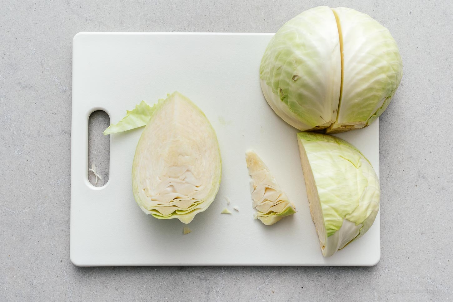 how to cut cabbage |  www.iamafoodblog.com